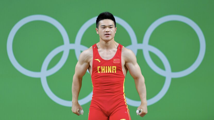 Shi Zhiyong: This Is What Dominant Lifting Looks Like