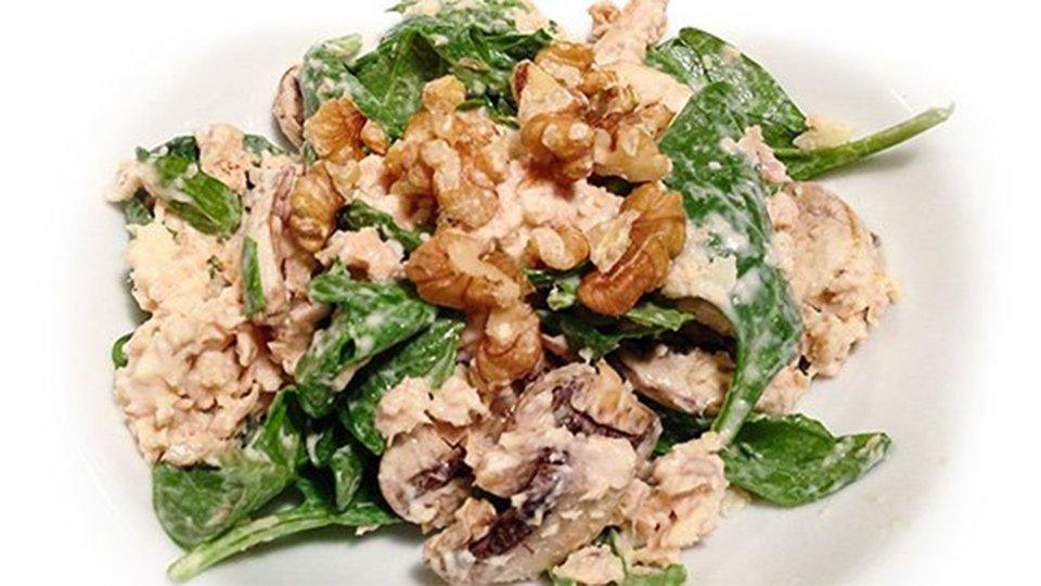 Creamy Salmon Spinach Salad