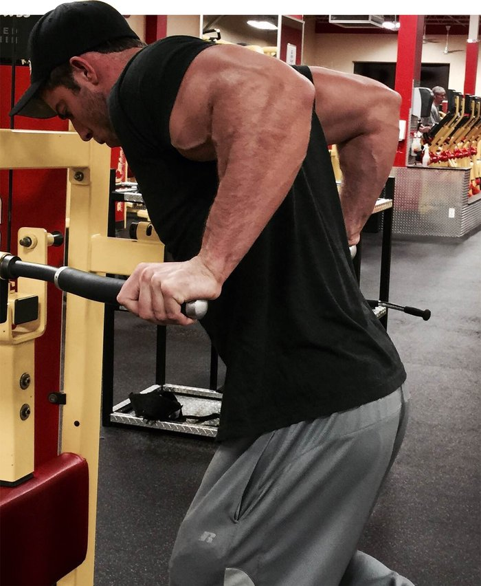 Mass Gaining Tips From a 207 lb Monster