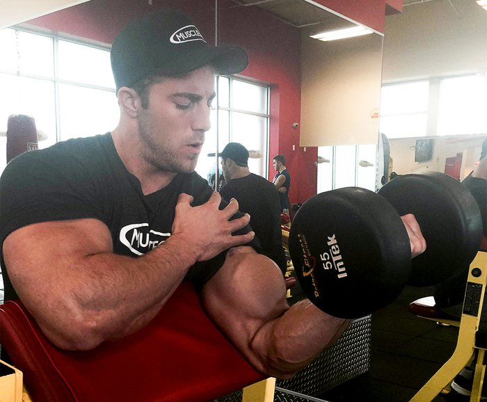 Mass Gaining Tips From a 270 lb Monster
