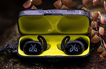 Jaybird Vista Totally Wireless Earbuds Lifestyle Image 3