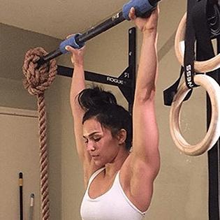 Athlete Shoulder Pressing